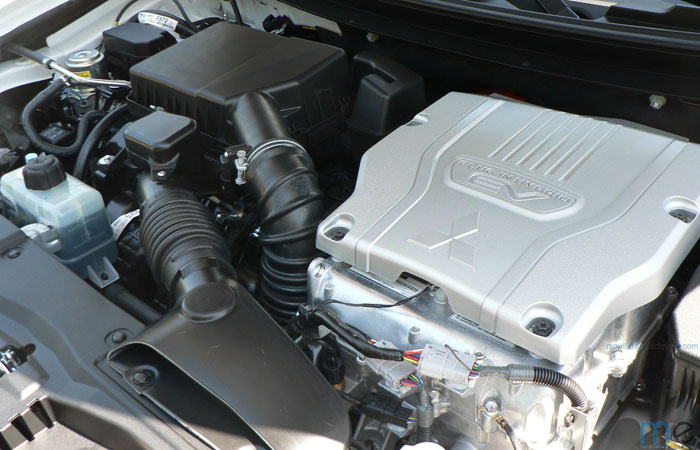 prueba larga mitsubishi outlander phev motor