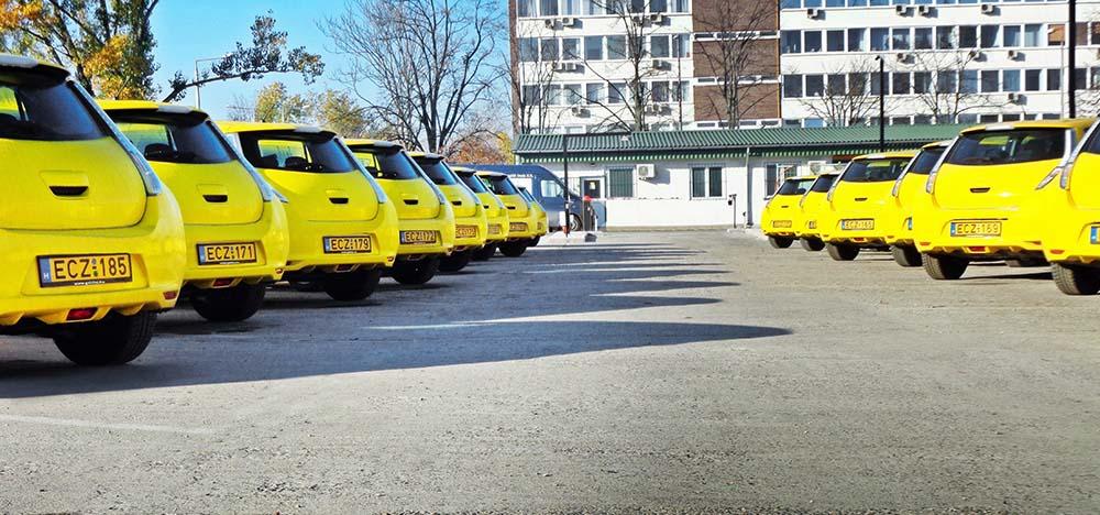 taxis electricos amsterdam nissan leaf
