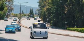 Coche autónomo de Google en una prueba real