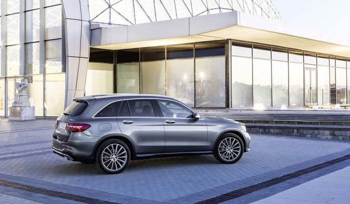 Mercedes-Benz GLC 350e 4MATIC (2015)