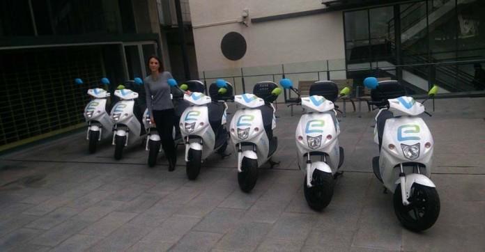 Presentación Motos eléctricas de eCooltra Motosharing en Barcelona