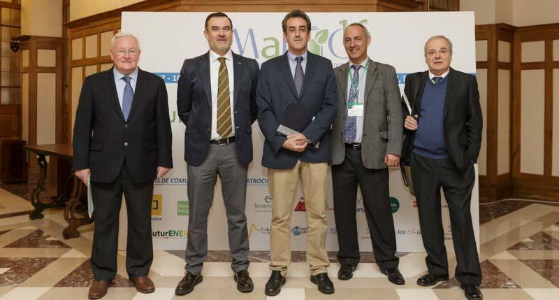 Inauguración del II Congreso Internacional de Baterías Metal por el consejero de Innovación, Industria, Turismo y Comercio, Francisco Martín-Foto de Raúl Lucio