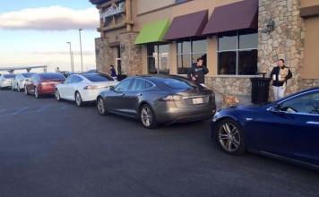 Tesla anuncia medidas contra el mal uso de la red de supercargadores