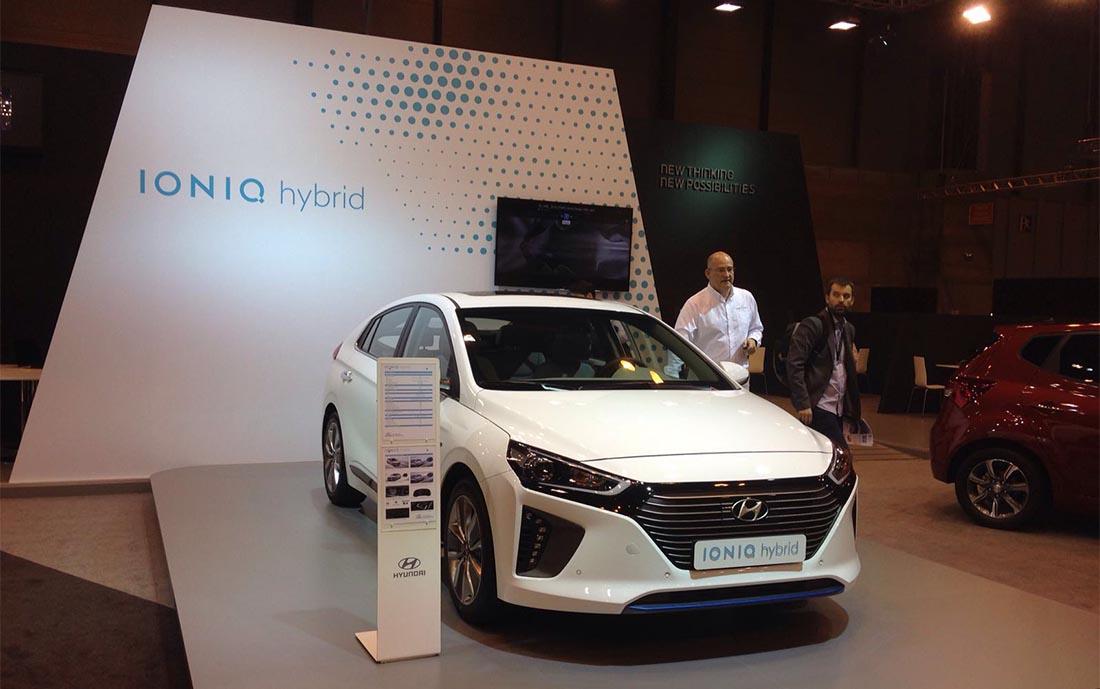 Hyundai Ioniq híbrido en el Salón del Automóvil de Madrid 2016