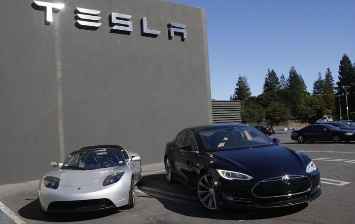 Tesla Roadster y Model S