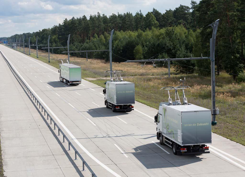 Camiones Scania en la autopista eléctrica de Siemens en Suecia