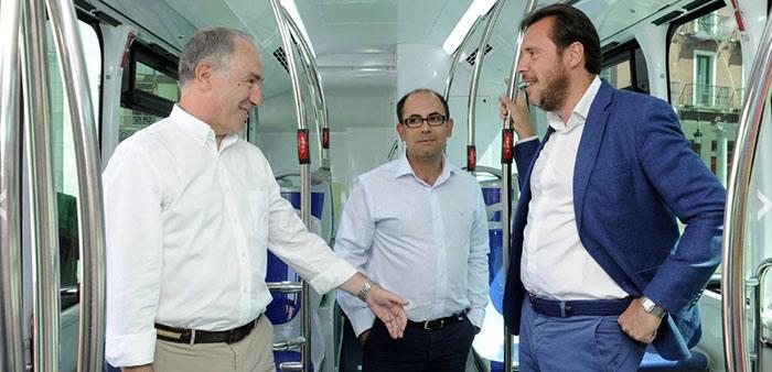 Óscar Puente, alcalde de Valladolid, Antonio Gatoconcejal de Hacienda y Promoción Económica, y Luis Vélez concejal de Seguridad y Movilidad
