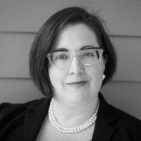 Laura MacCleery, vicepresidente de políticas de consumo y movilización de Consumer Reports