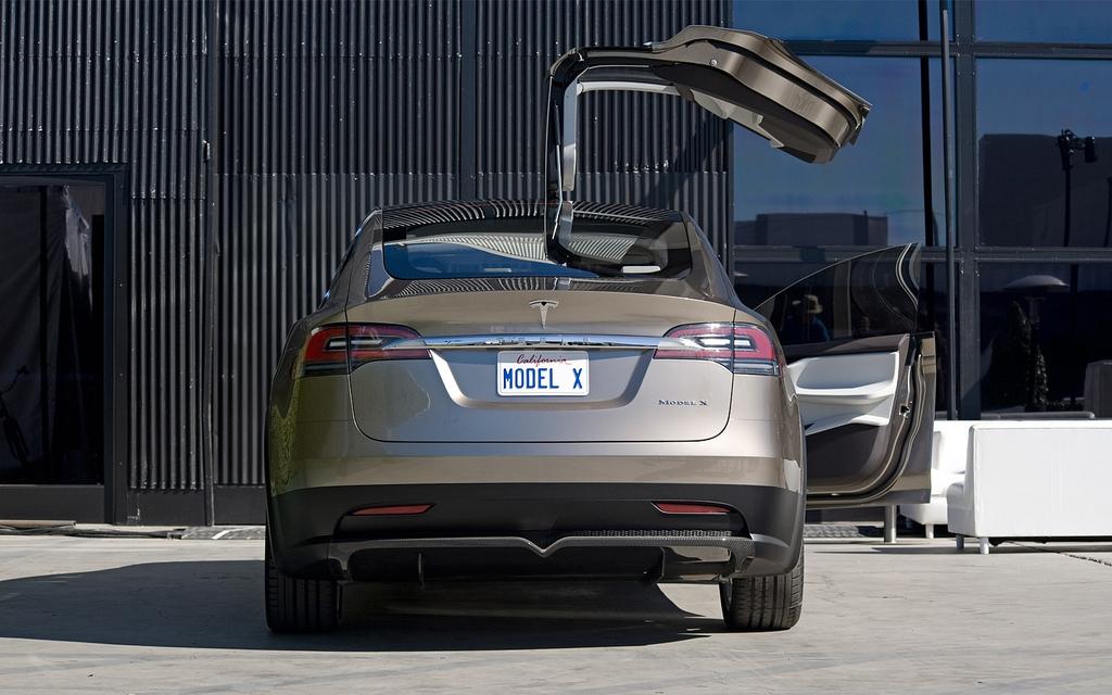 Consumer Reports Tesla Model X