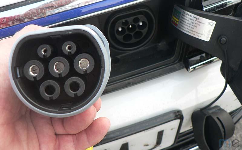 Conector tipo2-Mennekes-del lado del coche del Volkswagen Passat GTE