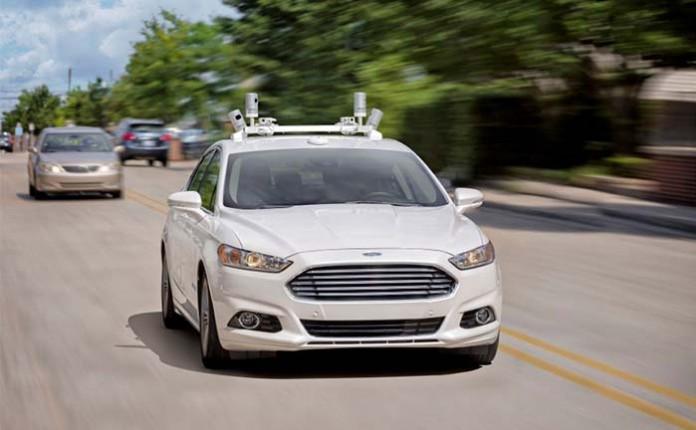 Ford anuncia su vehículo autónomo y compartido en 2021