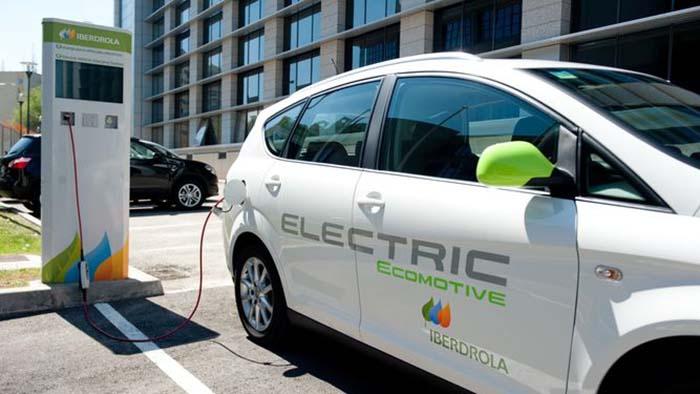 Resultado de imagen de iberdrola punto de carga vehiculo electrico
