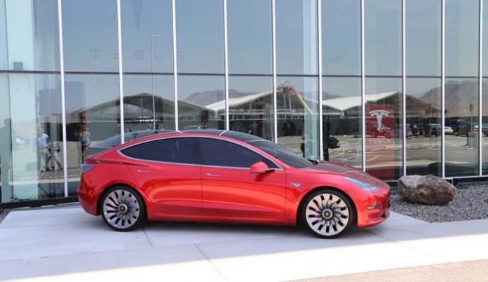 El Model 3 pasa a la fase de pruebas