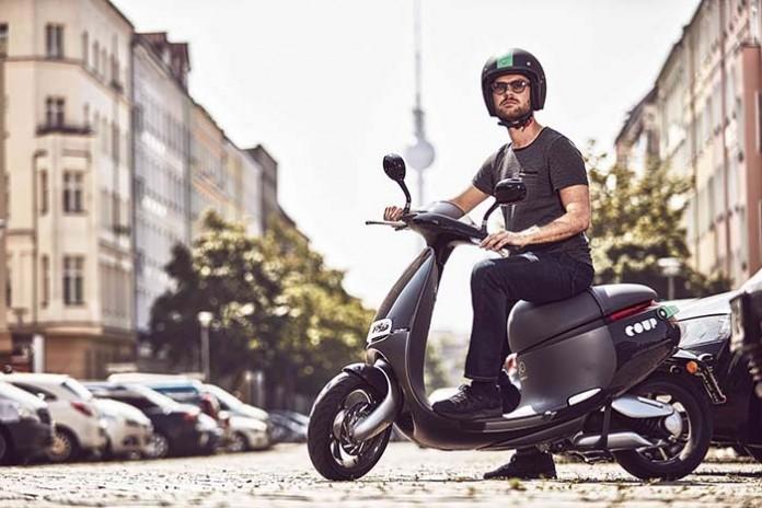 Gogoro Smartscooter EV de Coup