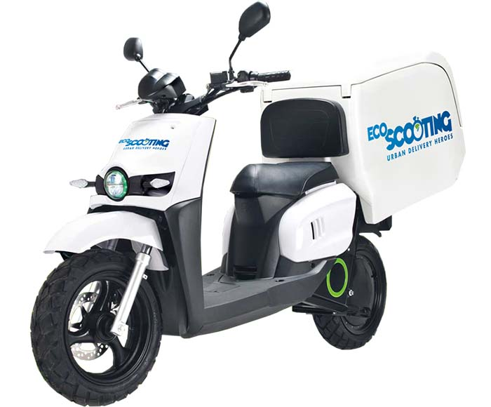 Scutum SO2 de EcoScooting y Correos Express