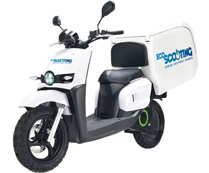 Scutum SO2 de EcoScooting y Correos Express