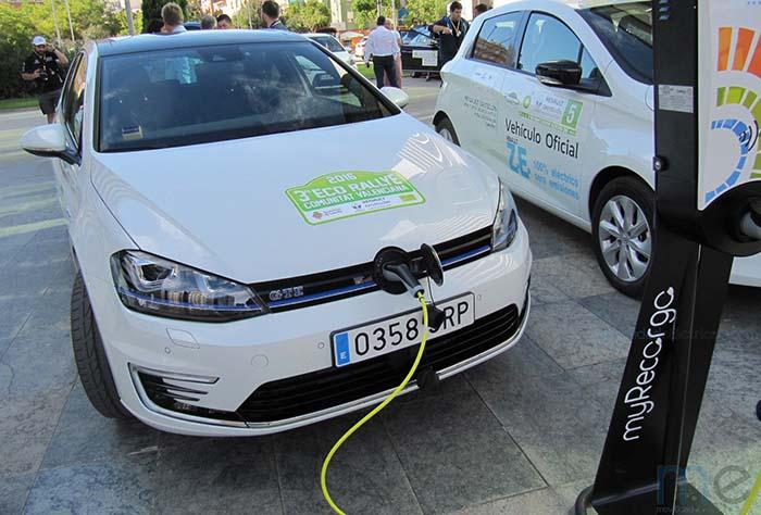 Volkswagen Golf GTE participante en el 3er EcoRallye de la Comunidad Valenciana