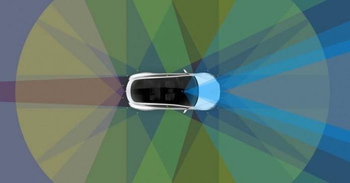 Conducción autónoma de Tesla en todos sus coches