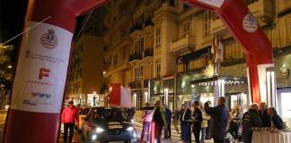 Salida de un tramo nocturno en e-Rallye de Montecarlo 2016