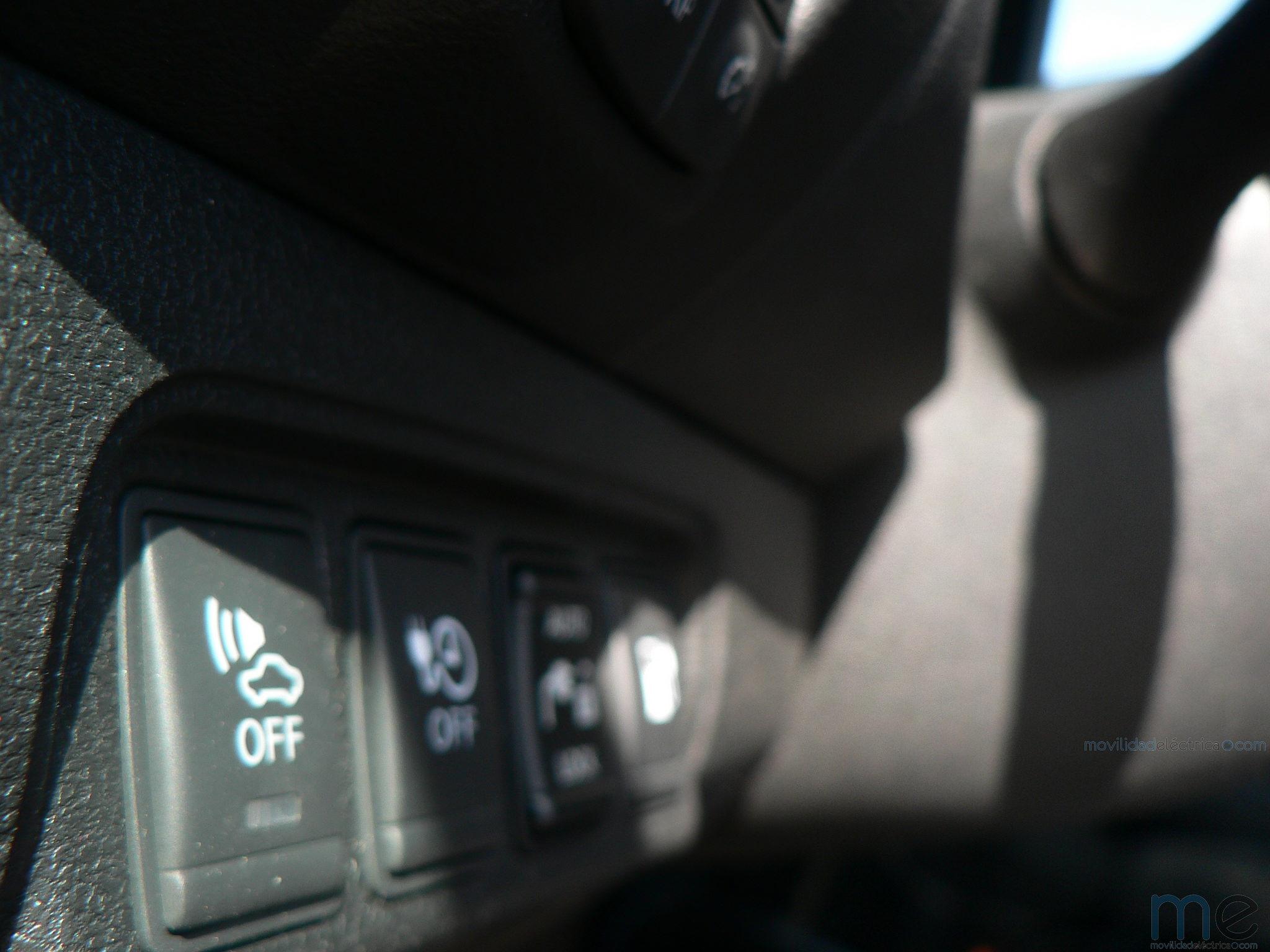 Ruido en los vehículos eléctricos, desconectable en el Nissan Leaf