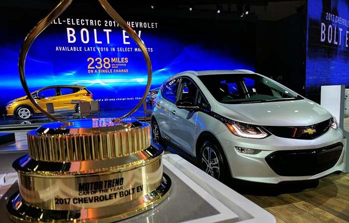 Chevrolet Bolt coche ecológico del año- Foto InsideEVS