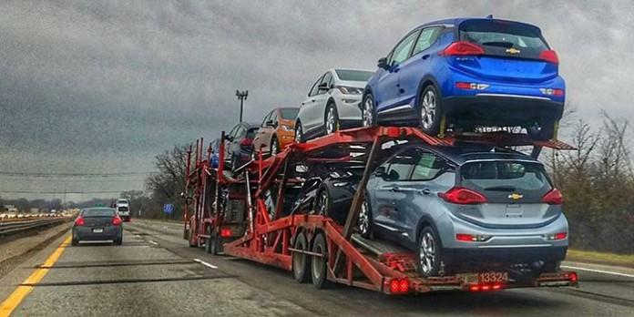El Chevrolet Bolt ya viaja hacia los concesionarios-Foto Joe Lopez