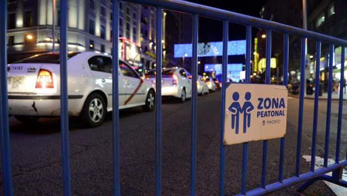 Los coches eléctricos sí tienen acceso permitido a los cortes de tráfico en las calles céntricas de Madrid