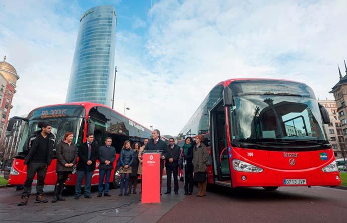 Presentación de las dos unidades del Irizar i2e que circula por Bilbao