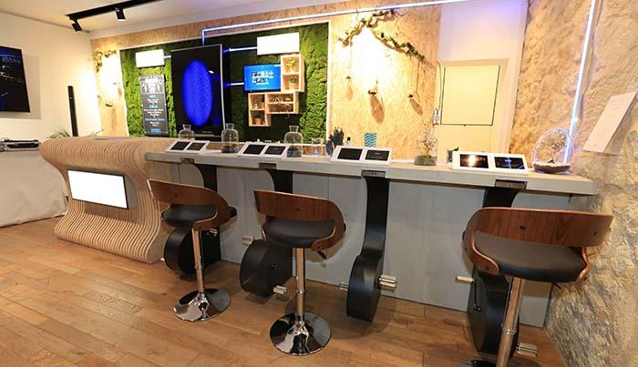 Sistema de asientos para pedalear del Nissan Electric Café