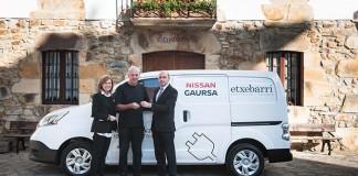 La e-NV200 cedida al Asador Etxebarri por Nissan Gaursa