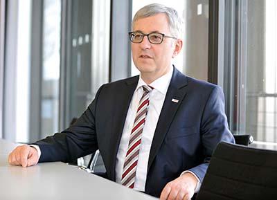 Rolf Bulander, presidente del área empresarial Bosch Mobility Solutions y miembro del Consejo de Administración de Robert Bosch