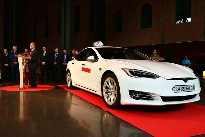 El Tesla Model S 60D de Class Taxi Bilbao
