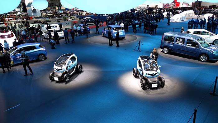 El stand de Renault en Ginebra, acaparado por los vehículos eléctricos