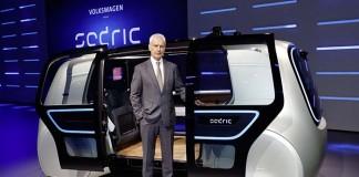 Matthias Müller, CEO de Volkswagen, en la presentación del Sedric