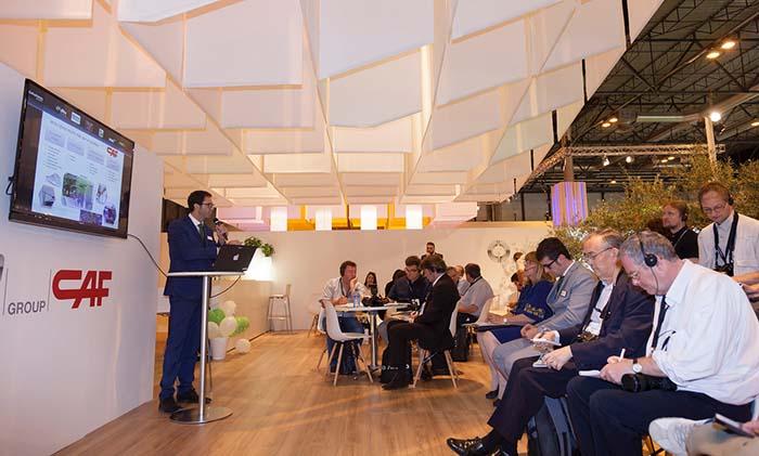 El director comercial nacional de la compañía, Jesús Alonso, presenta la propuesta de la compañía