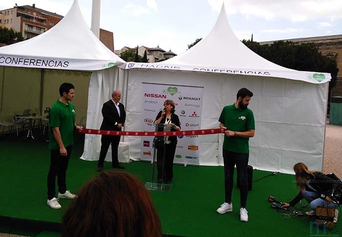 Inés Sabanés y Arturo Pérez Lucia inauguran VEM 2017