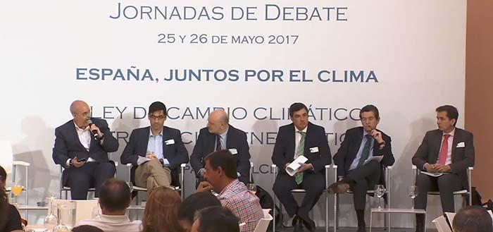 Ponentes de la jornada moderada por Andrés Monzón - Alberto Amores, Mario Armero, César López, Óscar García, Arturo Pérez de Lucia