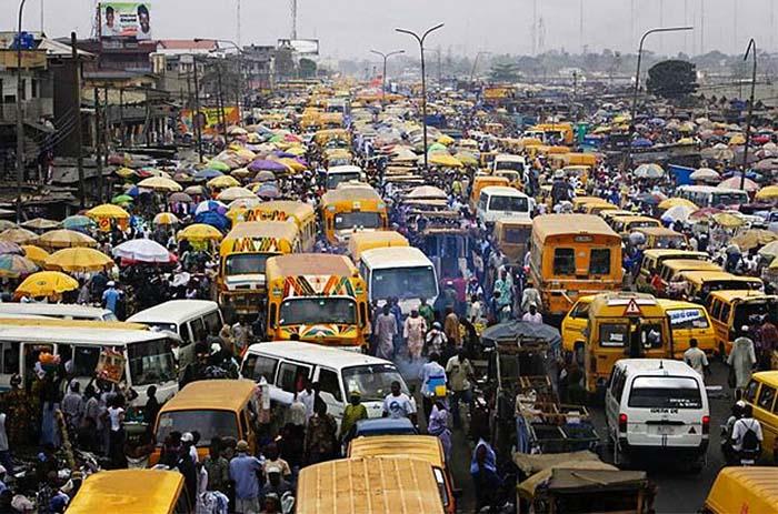 El tráfico en Nueva Delhi