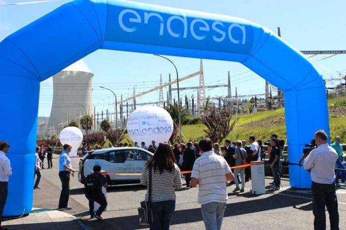 Finaliza la Vuelta a España de Endesa en vehículo eléctrico en Madrid