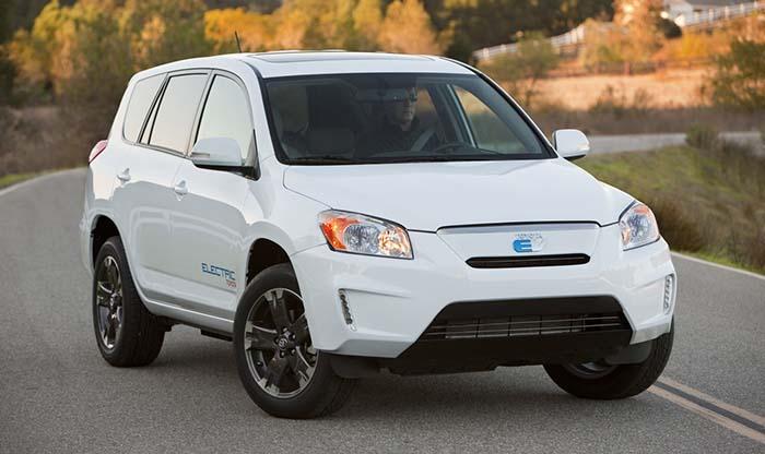 China podría obligar a Toyota a producir coches eléctricos en masa
