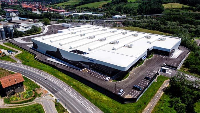Nuevas instalaciones de la empresa Irizar e-mobility en Aduna