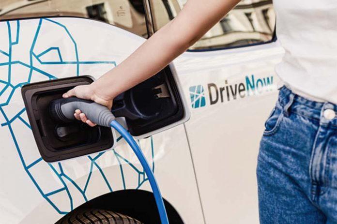 Londres instalará 1 500 nuevos puntos de recarga para coches eléctricos