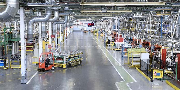 La adaptación de las factorías Renault al vehículo eléctrico, autónomo y conectado