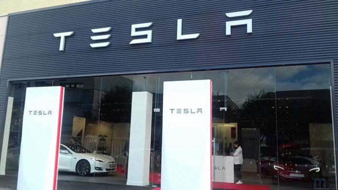 Tesla inaugura su primer Centro de Servicio en España situado en L'Hospitalet