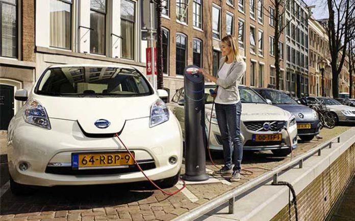 A partir de 2030 en Holanda solo se venderán coches cero emisiones