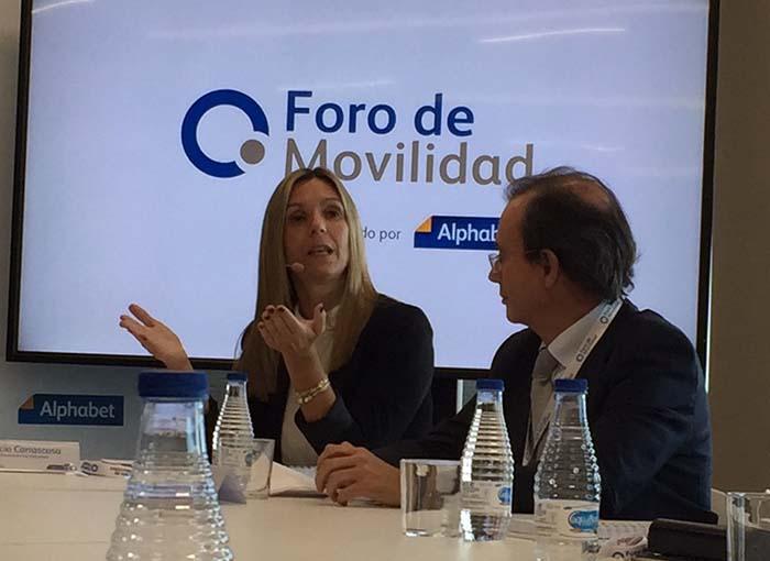 Rocío Carrascosa, CEO de Alphabet y Rafael del Río, Director Técnico de AEDIVE