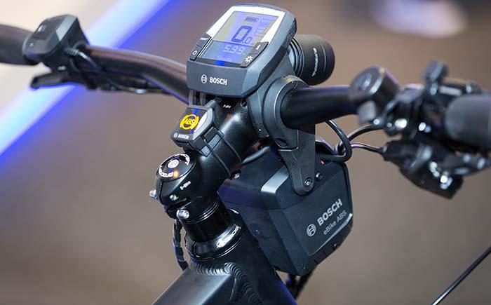 Bosch presenta en EICMA el primer ABS para bicicletas eléctricas