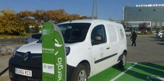 Feníe Energía inaugura un nuevo punto de recarga en Navarra