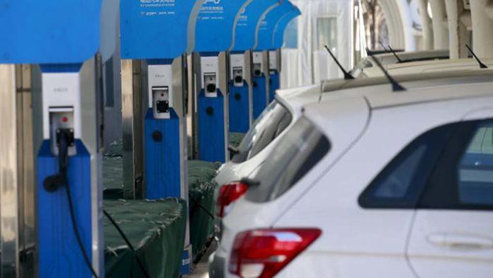 China extiende la rebaja de impuestos para coches eléctricos hasta finales de 2020