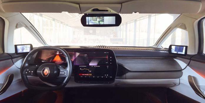 Interior del Renult Symbioz, con la pantalla en L desarrollada por LG